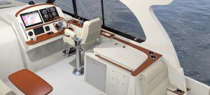 Hinckley Sport Boat 40x_Stbd Salon